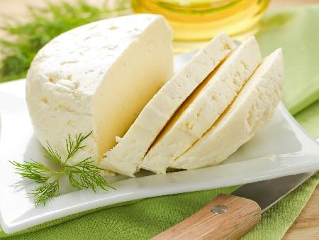 Домашно сирене от овче мляко - снимка на рецептата